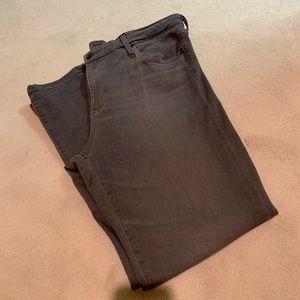 AG The Stevie Jeans Med Gray  Size 32R